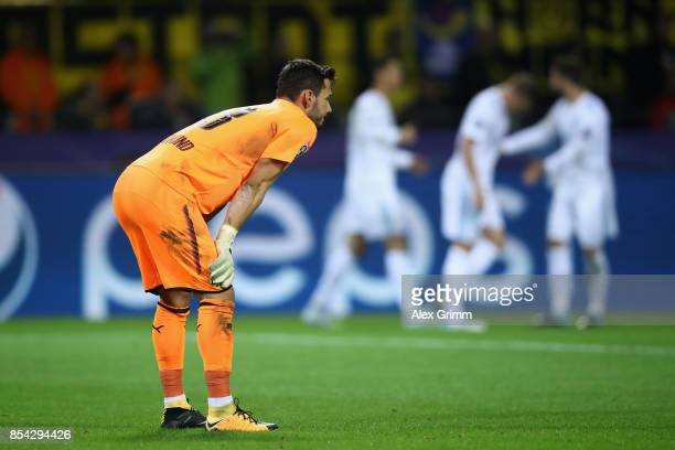 Roman Buerki of Borussia Dortmund reacts during the UEFA Champions League group H match between Borussia Dortmund and Real Madrid at Signal Iduna...