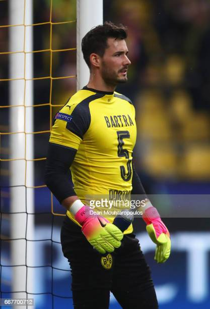 Roman Buerki of Borussia Dortmund wears the number 5 shirt worn by the injured Marc Bartra after the team coach attack prior to the UEFA Champions...