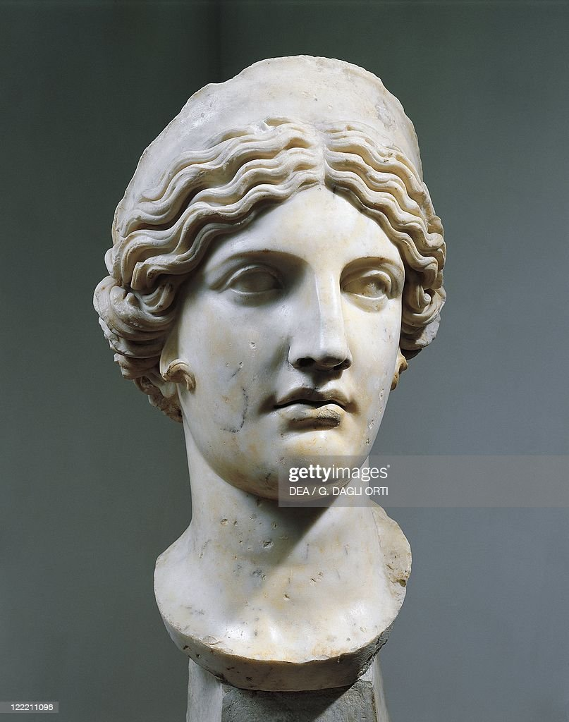 Roman civilization 2nd1st century bC Marble head of Hera or Juno Copy from a Greek original by Polykleitos