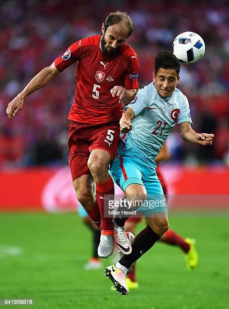 Roman Hubnik of Czech Republic tackles Emre Mor of Turkey during the UEFA EURO 2016 Group D match between Czech Republic and Turkey at Stade...