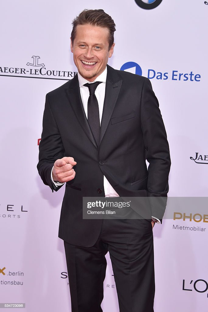 <a gi-track='captionPersonalityLinkClicked' href=/galleries/search?phrase=Roman+Knizka&family=editorial&specificpeople=242825 ng-click='$event.stopPropagation()'>Roman Knizka</a> attends the Lola - German Film Award (Deutscher Filmpreis) on May 27, 2016 in Berlin, Germany.