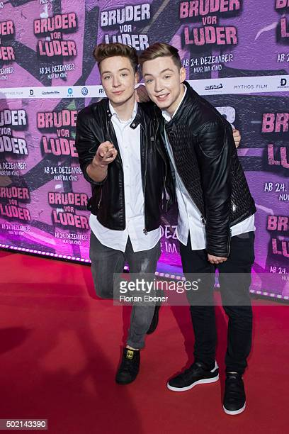 Roman Lochmann and Heiko Lochmann alias 'DieLochis' attend the premiere for the film 'Bruder vor Luder' at Cinedom on December 20 2015 in Cologne...