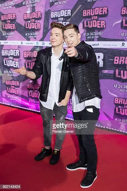 Roman Lochmann and Heiko Lochmann alias 'DieLochis' attend the premiere for the film 'Bruder vor Luder' at Cinedom on December 20 2015 in Cologne...