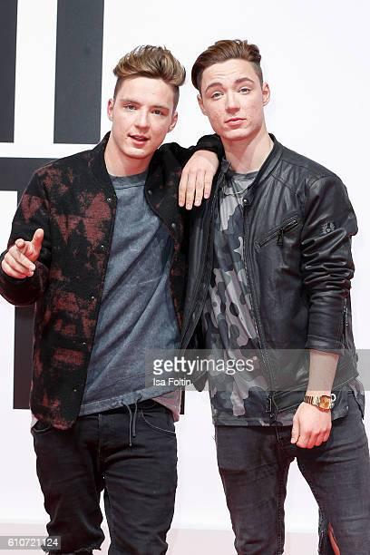 Roman Lochmann and Heiko Lochmann of the band Die Lochis attends the 'Unsere Zeit ist jetzt' World Premiere at CineStar on September 27 2016 in...