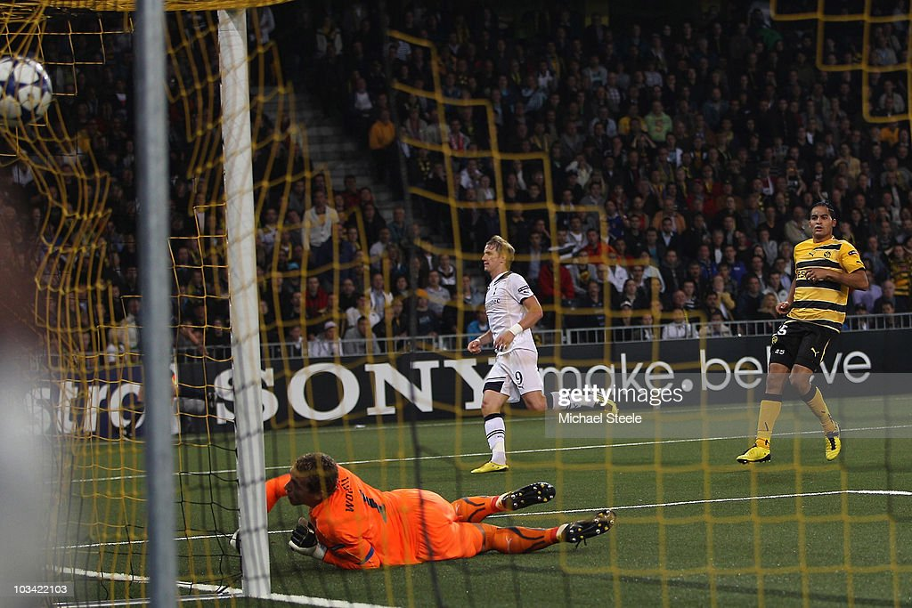 Roman Pavlyuchenko of Tottenham scores his sides second goal during the UEFA Champions League PlayOff first leg match between BSC Young Boys and...