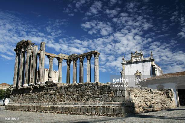 Römischer Tempel in Évora