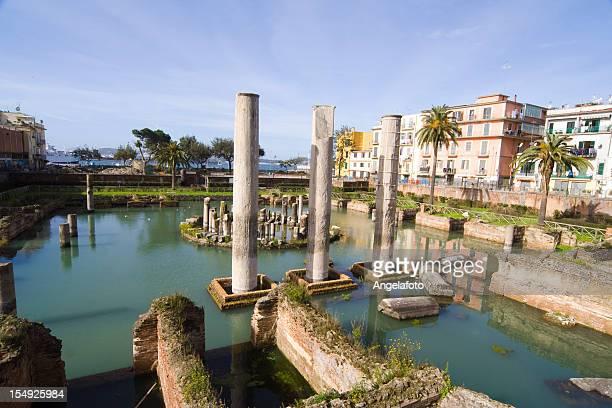 Römischer Tempel in Pozzuoli, die Bucht von Neapel, Italien