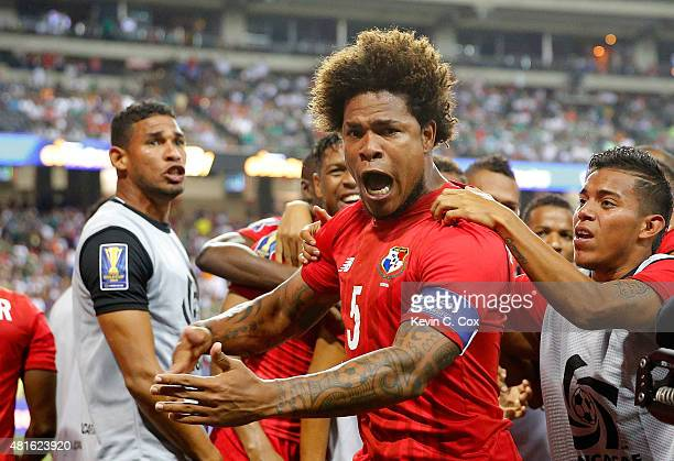 Roman Torres of Panama celebrates scoring the opening goal against Mexico during the 2015 CONCACAF Golf Cup Semifinal match between Mexico and Panama...