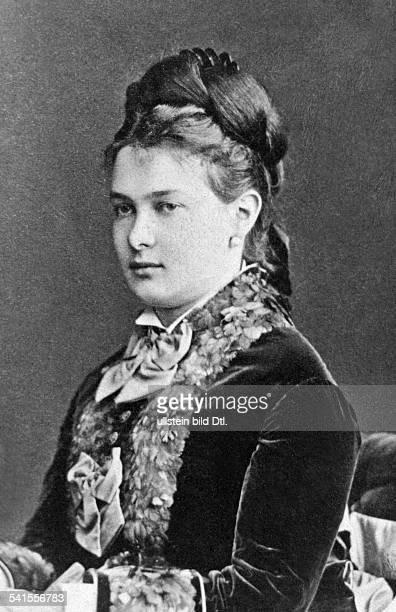 Romanova Marie Pavlovna Grand Duchess of Russia*14051854born Duchess Marie of MecklenburgSchwerinwife of Grand Duke Vladimir AlexandrovichPortrait...