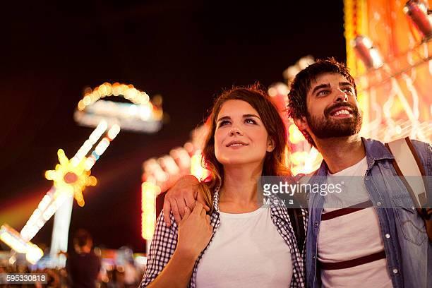 ロマンチックなカップルには、アミューズメントパーク