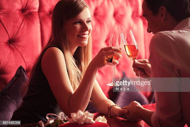 Casal romântico no Dia dos Namorados