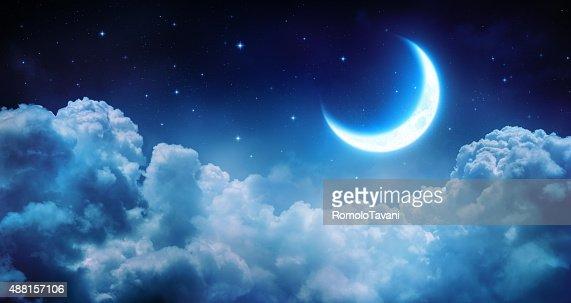 Romantische half moon auf den Wolken : Stock-Foto