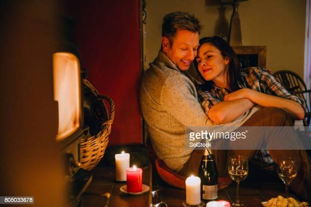 Romantische Entspannung älteres paar zu Hause