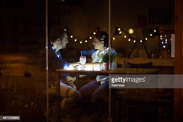 Romantica giovane Coppia in amore