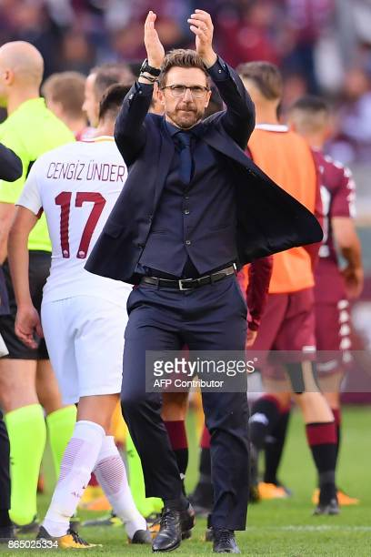 AS Roma's coach Eusebio Di Francesco celebrates after the Italian Serie A football match Torino Vs Roma on October 22 2017 at the 'Grande Torino...