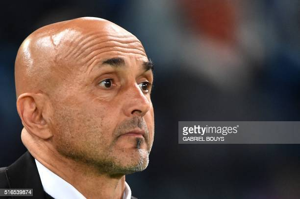 Roma's coach from Italy Luciano Spalletti looks on during the Italian Serie A football match between AS Roma and Inter Milan on March 19 2016 at the...