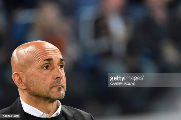 Roma's coach from Italy Luciano Spalletti looks on prior the Italian Serie A football match between AS Roma and Inter Milan on March 19 2016 at the...