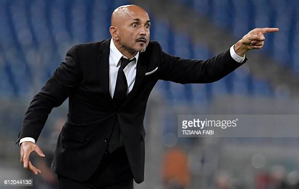 AS Roma's coach Luciano Spalletti gestures during the Italian Serie A football match AS Roma vs Inter Milan at the Olympic Stadium in Rome on October...