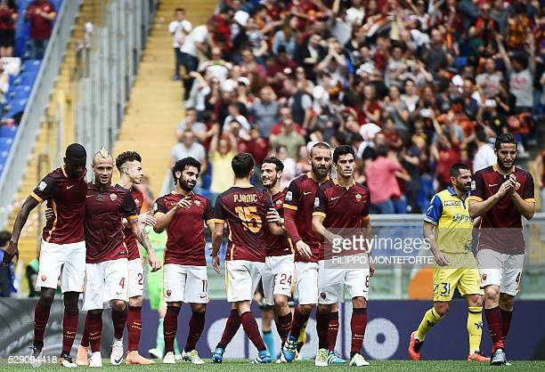 Roma's defender from Germany Antonio Rudiger celebrates with Roma's midfielder from Belgium Radja Nianggolan after scoring during the Italian Serie A...