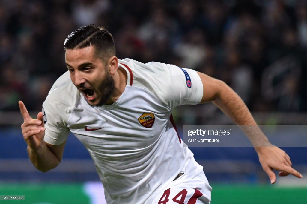 Roma's defender from Greece Konstantinos Manolas celebrates after scoring a goal during the UEFA Champions League Group C football match between Qarabag FK and AS Roma in Baku on September 27, 2017. / AFP PHOTO / Vano SHLAMOV