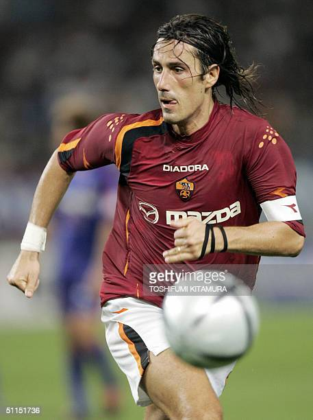 Roma's forward Marco Delvecchio chases a ball during a friendly match against FC Tokyo in Tokyo 08 August 2004 AS Roma and FC Tokyo drew 00 AFP...