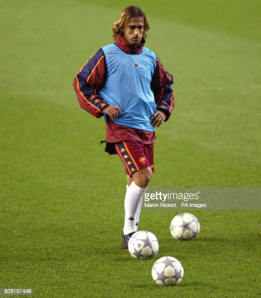 Roma's Gabriel Batistuta trains on the pitch before their Champions League match against Liverpool at Anfield THIS PICTURE CAN ONLY BE USED WITHIN...
