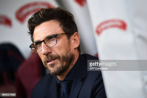AS Roma's head coach Eusebio Di Francesco looks on during the Italian Serie A football match Torino Vs Roma on October 22 2017 at the Grande Torino...