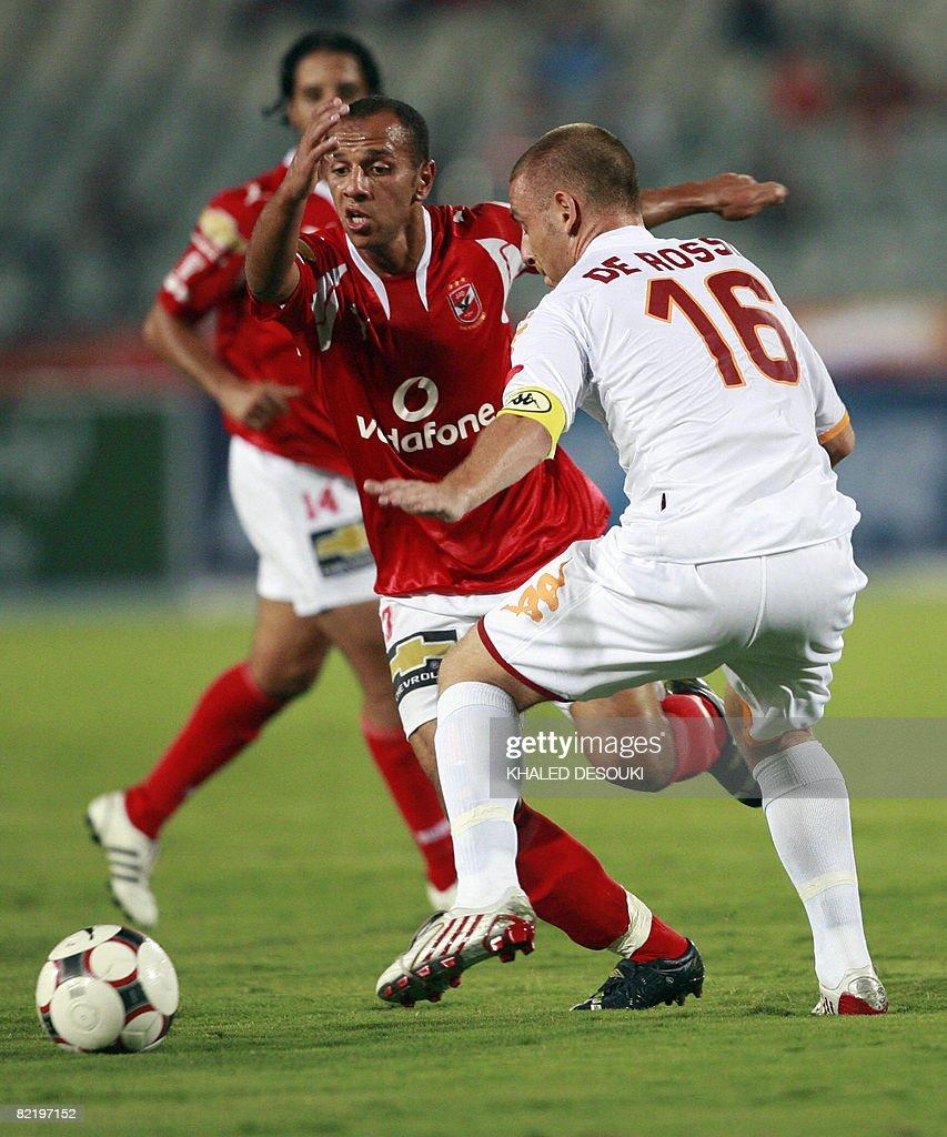 AS Roma s player Daniele De Rossi R vi