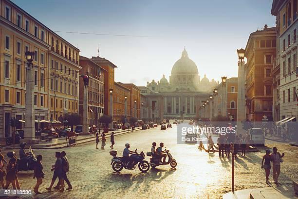 ストリート まで歩き、ローマ(イタリア)