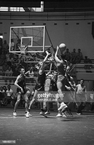Rome Olympics Games 1960 Italie jeux olympiques de Rome ambiance épreuves et rendezvous avec des sportifs 83 pays participèrent à ces jeux Lors d'un...
