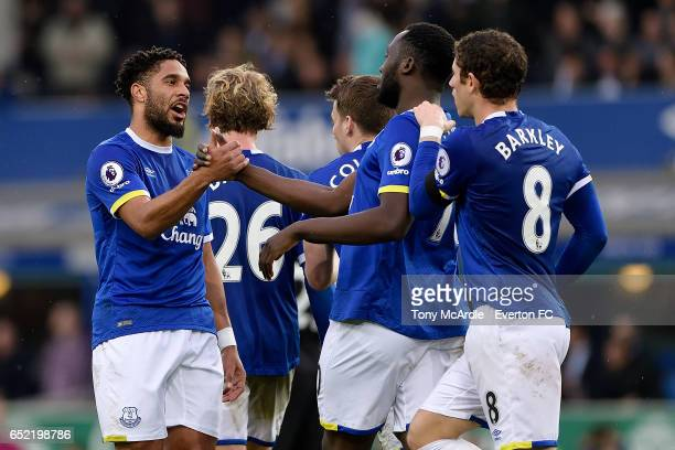Romelu Lukaku celebrates his goal with Ross Barkley and Ashley Williams during the Premier League match between Everton and West Bromwich Albion at...