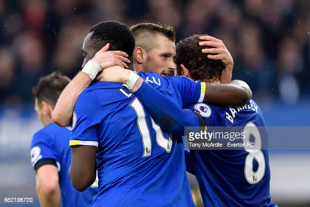 Romelu Lukaku celebrates his goal with Ross Barkley and Morgan Schneiderlin during the Premier League match between Everton and West Bromwich Albion...