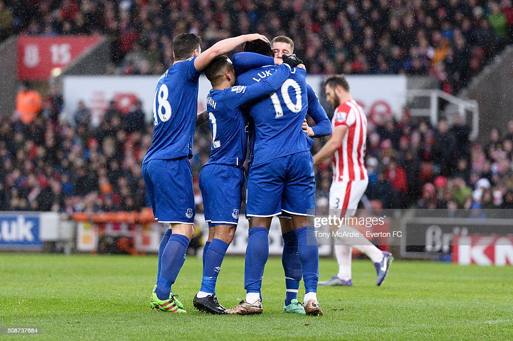<a gi-track='captionPersonalityLinkClicked' href=/galleries/search?phrase=Romelu+Lukaku&family=editorial&specificpeople=6342802 ng-click='$event.stopPropagation()'>Romelu Lukaku</a> celebrates his goal with team mates during the Barclays Premier League match between Stoke City v Everton at the Britannia Stadium on February 6, 2016 in Stoke on Trent, England.