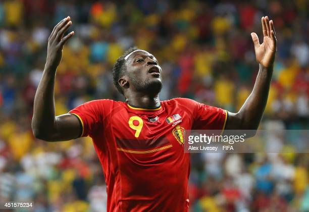 Romelu Lukaku of Belgium celebrates scoring his team's second goal during the 2014 FIFA World Cup Brazil Round of 16 match between Belgium and USA at...