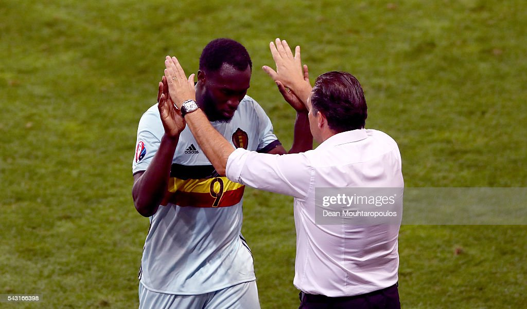 <a gi-track='captionPersonalityLinkClicked' href=/galleries/search?phrase=Romelu+Lukaku&family=editorial&specificpeople=6342802 ng-click='$event.stopPropagation()'>Romelu Lukaku</a> (L) of Belgium high fives with manager <a gi-track='captionPersonalityLinkClicked' href=/galleries/search?phrase=Marc+Wilmots&family=editorial&specificpeople=1016207 ng-click='$event.stopPropagation()'>Marc Wilmots</a> (R) after replaced during the UEFA EURO 2016 round of 16 match between Hungary and Belgium at Stadium Municipal on June 26, 2016 in Toulouse, France.
