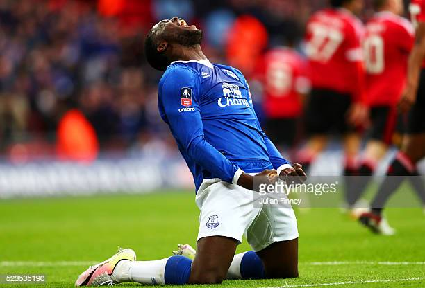 Romelu Lukaku of Everton celebrates after Chris Smalling of Manchester United scored own goal during The Emirates FA Cup semi final match between...