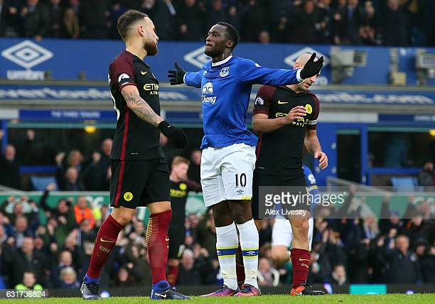 Romelu Lukaku of Everton celebrates after scoring the opening goal during the Premier League match between Everton and Manchester City at Goodison...