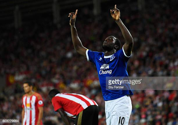 Romelu Lukaku of Everton celebrates as he scores their first goal during the Premier League match between Sunderland and Everton at Stadium of Light...