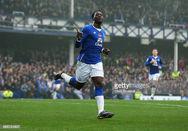 Romelu Lukaku of Everton celebrates as he scores thier fourth goal during the Barclays Premier League match between Everton and Sunderland at...