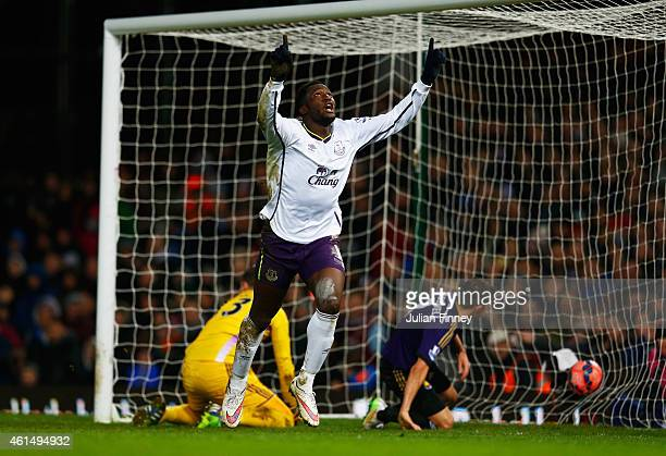 Romelu Lukaku of Everton celebrates as he scores their second goal as Adrian and Aaron Cresswell of West Ham United look dejected during the FA Cup...