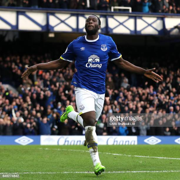 Romelu Lukaku of Everton celebrates scoring his side's second goal during the Premier League match between Everton and Sunderland at Goodison Park on...