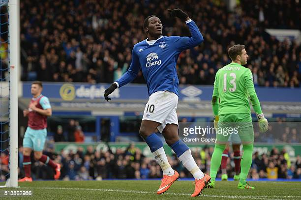 Romelu Lukaku of Everton celebrates scoring his team's first goal during the Barclays Premier League match between Everton and West Ham United at...