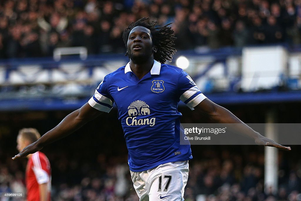 <a gi-track='captionPersonalityLinkClicked' href=/galleries/search?phrase=Romelu+Lukaku&family=editorial&specificpeople=6342802 ng-click='$event.stopPropagation()'>Romelu Lukaku</a> of Everton celebrates scoring his team's second goal during the Barclays Premier League match between Everton and Southampton at Goodison Park on December 29, 2013 in Liverpool, England.