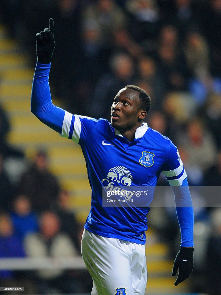 <a gi-track='captionPersonalityLinkClicked' href=/galleries/search?phrase=Romelu+Lukaku&family=editorial&specificpeople=6342802 ng-click='$event.stopPropagation()'>Romelu Lukaku</a> of Everton celebrates scoring their second goal during the Barclays Premier League match between Newcastle United and Everton at St James' Park on March 25, 2014 in Newcastle upon Tyne, England.