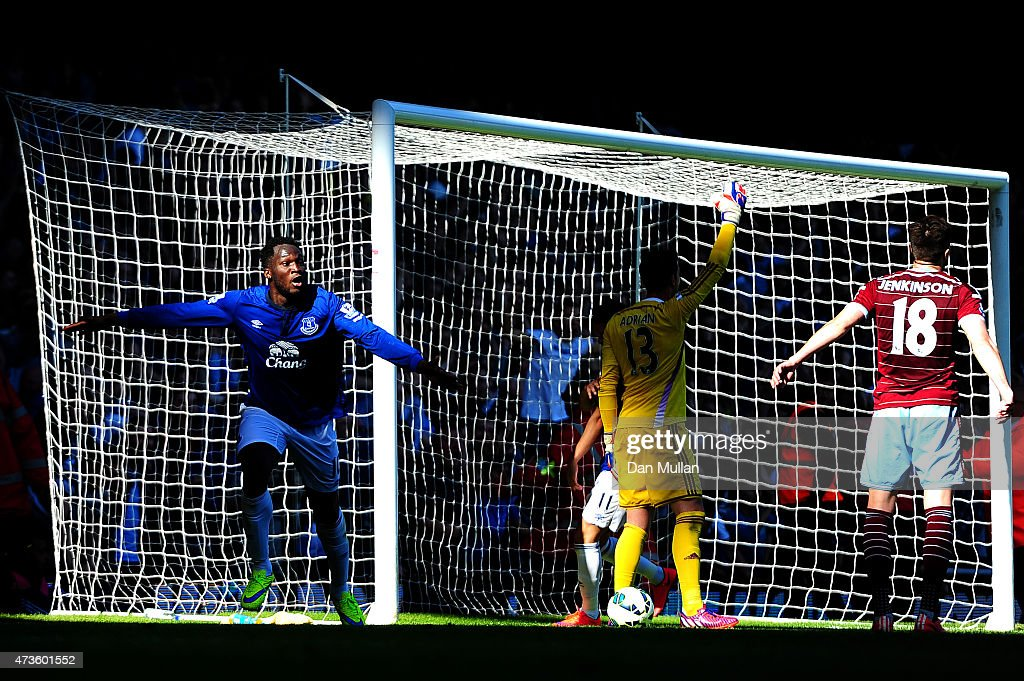 Romelu Lukaku of Everton celebrates scoring their second goal past Adrian of West Ham during the Barclays Premier League match between West Ham United and Everton at Boleyn Ground on May 16, 2015 in London, England.