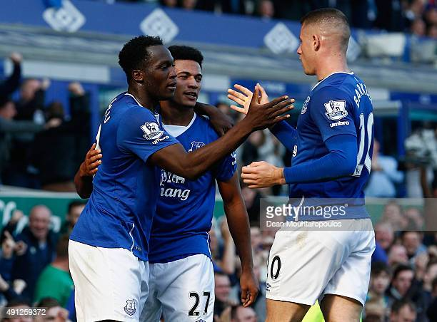 Romelu Lukaku of Everton celebrates with Tyias Browning of Everton and Ross Barkley of Everton after scoring Everton's first goal during the Barclays...