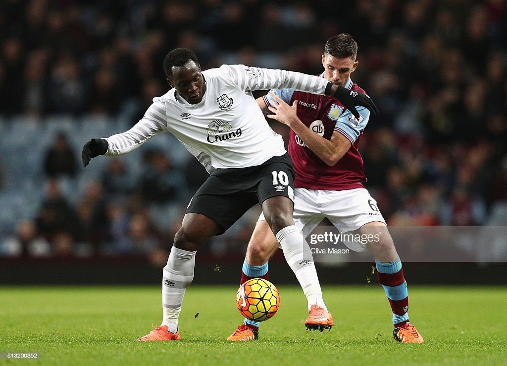 Romelu Lukaku of Everton controls the ball under pressure of Ciaran Clark of Aston Villa during the Barclays Premier League match between Aston Villa and Everton at Villa Park on March 1, 2016 in Birmingham, England.