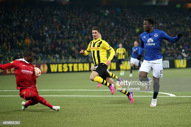 Romelu Lukaku of Everton FC scores his third and Everton's fourth goal against Yvon Mvogo and Milan Vilotic of BSC Young Boys during the UEFA Europa...