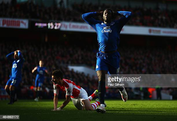 Romelu Lukaku of Everton reacts after a missed chance during the Barclays Premier League match between Arsenal and Everton at Emirates Stadium on...