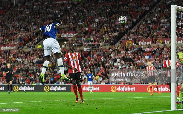Romelu Lukaku of Everton scores their second goal with a header during the Premier League match between Sunderland and Everton at Stadium of Light on...